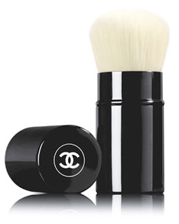 CHANEL <b>RETRACTABLE KABUKI BRUSH</b><br>Retractable Kabuki Brush - Limited Edition