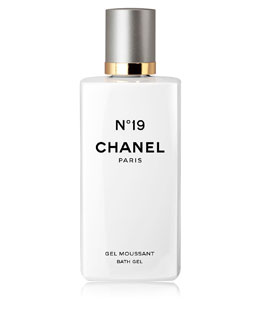CHANEL <b>N°19</b><br>Bath Gel 6.8 oz.