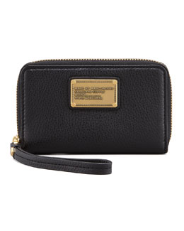 MARC by Marc Jacobs Classic Q Wingman Wristlet Zip Wallet, Black