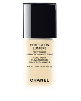 CHANEL <b>PERFECTION LUMIÈRE </b><br>Long Wear Flawless Fluid Sunscreen Makeup Broad Spectrum SPF 15