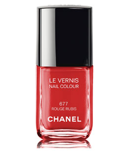 CHANEL <b>LE VERNIS</b><br>Nail Colour - Limited Edition