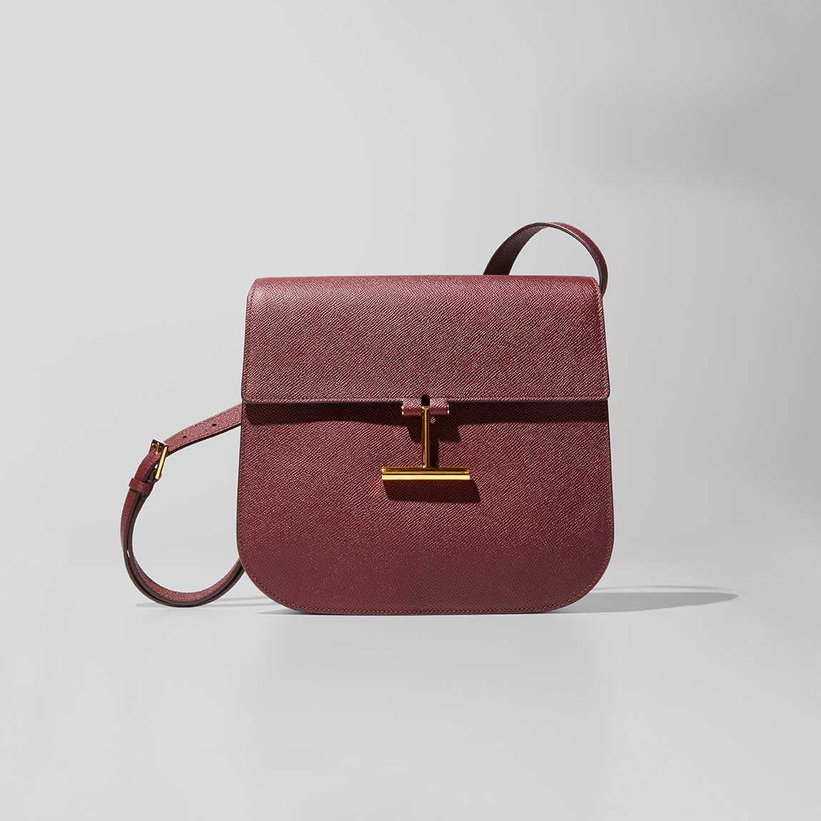 Shop Pre-Fall Handbags