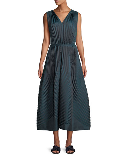 V-Neck Sleeveless Belted A-line Pleated Dress