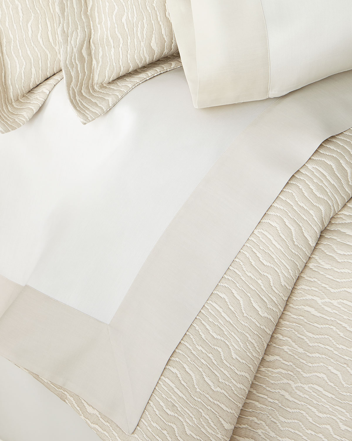 Sferra LARRO SATEEN KING FLAT SHEET