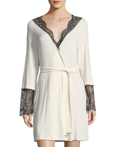 Delight Lace Long Sleeve Short Robe