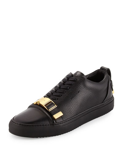 Men's Leather Low-Top Sneakers with Golden Buckle