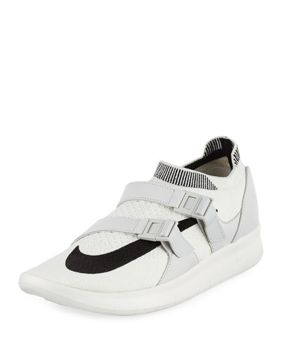 Air Sockracer Sneaker