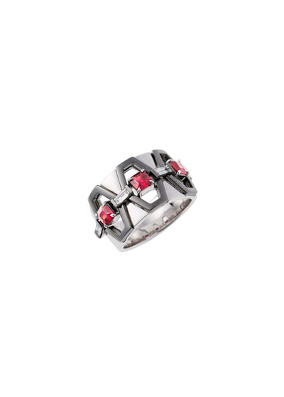 18k White Gold Fame Ruby/Diamond Cigar Band Ring