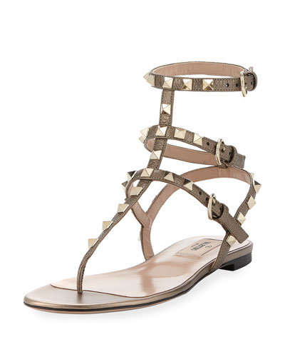 Rockstud Flat Leather Thong Sandal, Sasso