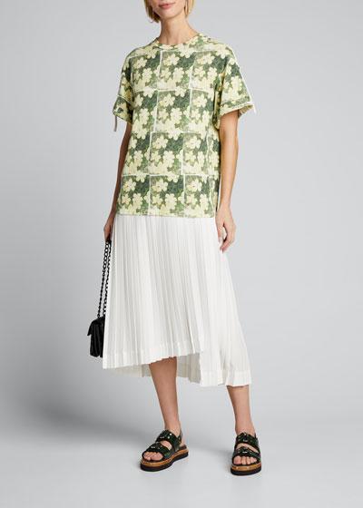 Short-Sleeve Daisy-Print Pleated T-Shirt Dress