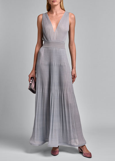 Sleeveless V-neck Pleated Gown