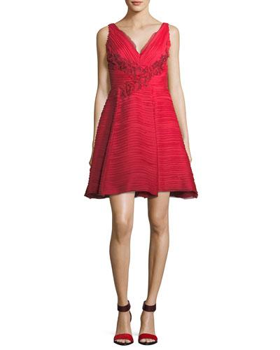 Sleeveless V-Neck Crinkled Chiffon Cocktail Dress