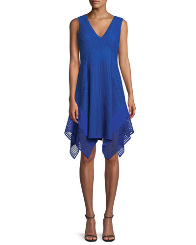 V-Neck Sleeveless Pieces Lace Dress