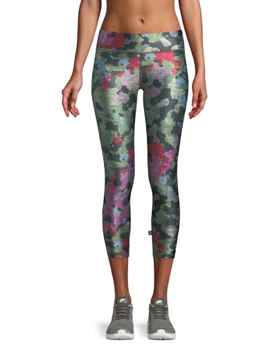 Tall Band Camo Printed Capri Leggings