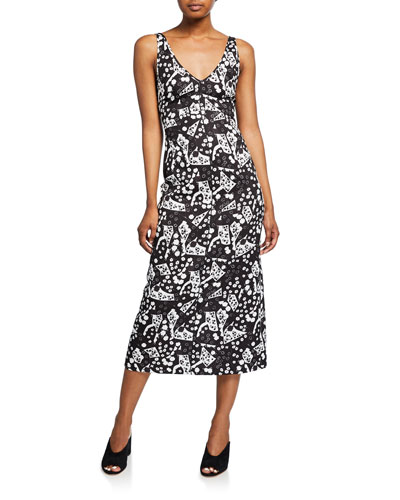 Prim Printed Sleeveless V-Neck Dress