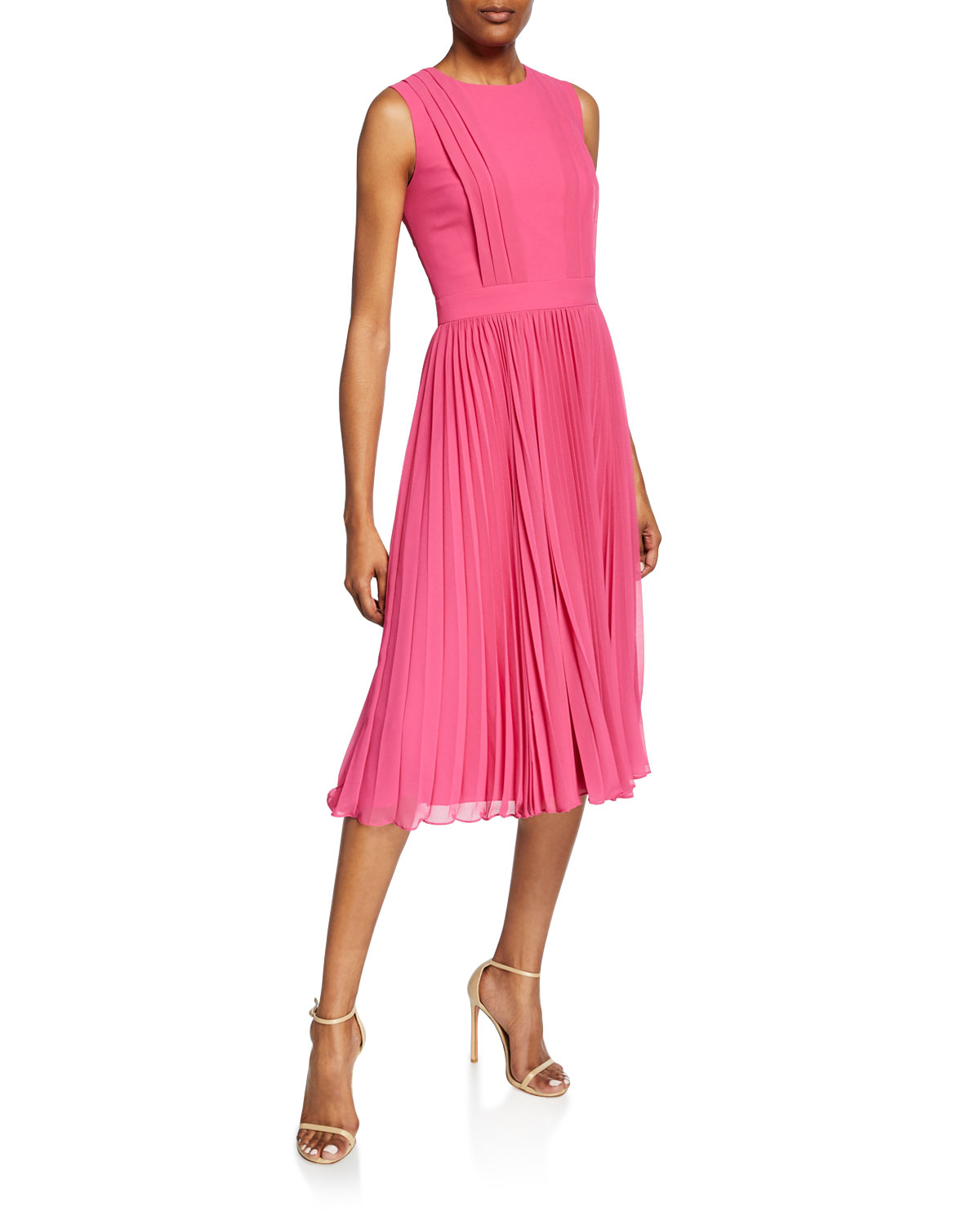 Badgley Mischka Dresses CREWNECK SLEEVELESS PLEATED COCKTAIL DRESS