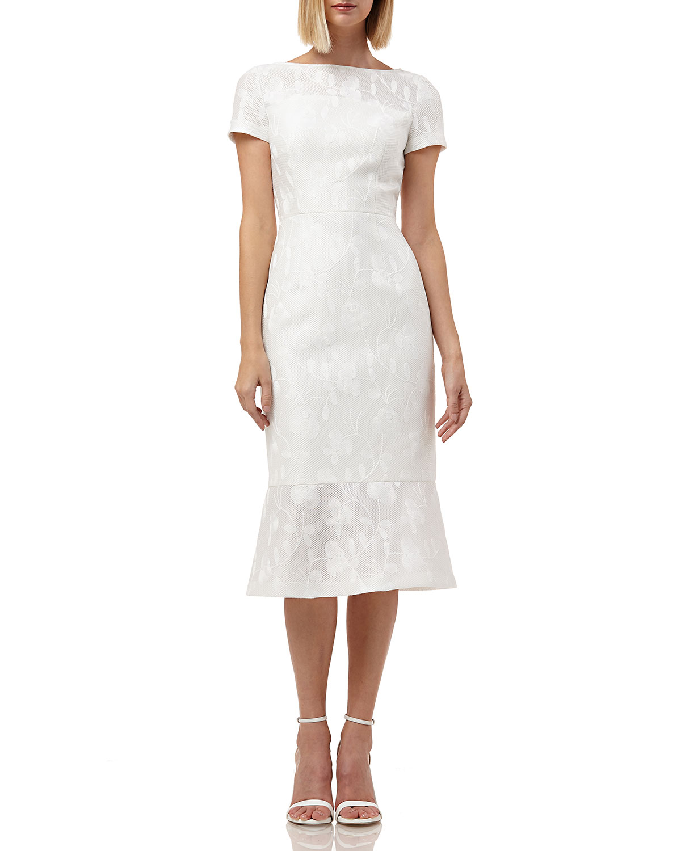 Kay Unger Dresses BOAT-NECK SHORT-SLEEVE EMBROIDERED LACE DRESS W/ FLOUNCE HEM