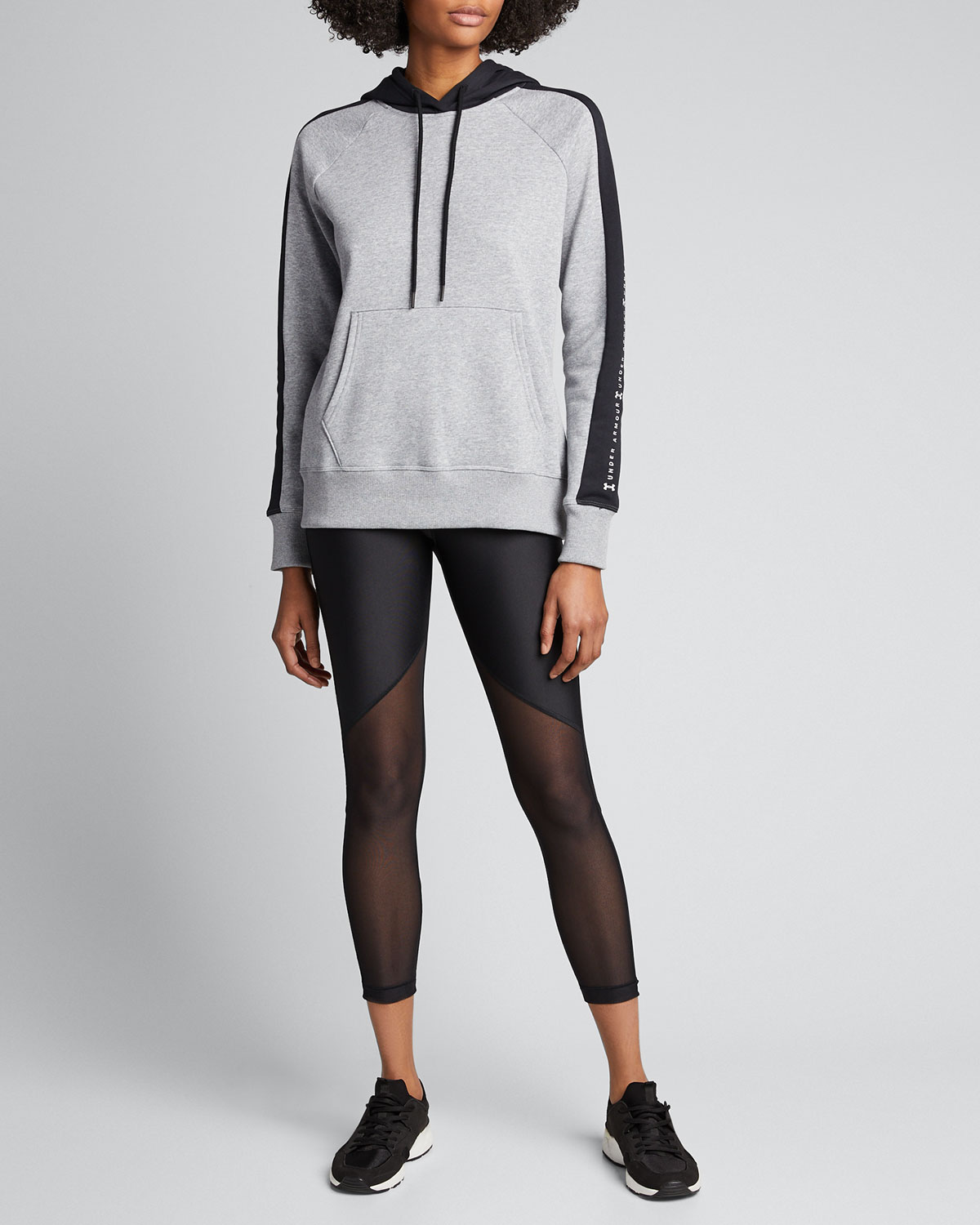 Under Armour Tops RIVAL FLEECE GRAPHIC PULLOVER HOODIE