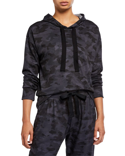 Divine Camo Hoodie Pullover