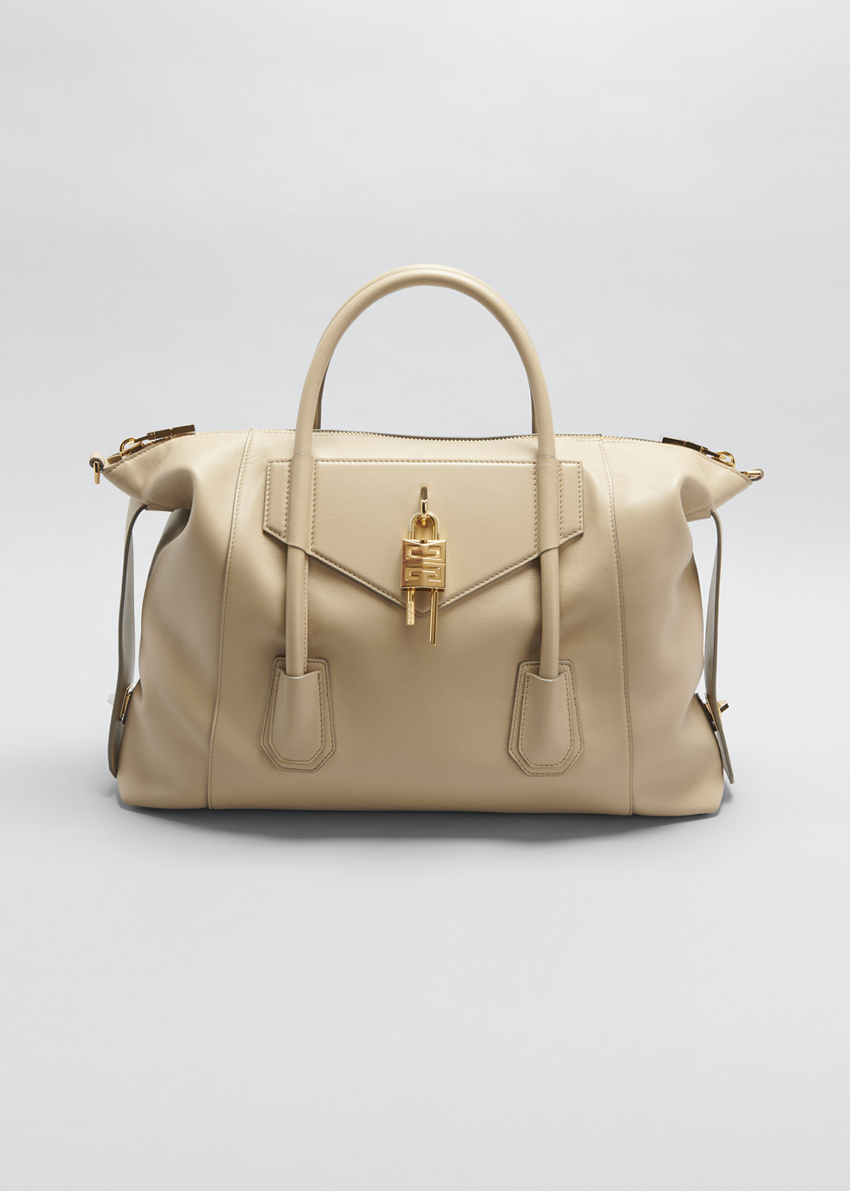 Givenchy MEDIUM ANTIGONA SOFT BAG WITH LOCK
