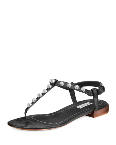 Studded Flat Leather T-Strap Sandal, Noir