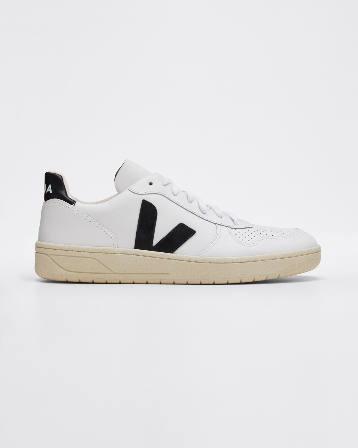 Veja Sneakers V10 LEATHER SNEAKERS