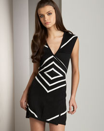 Alice + Olivia Deco Wrap Dress -  Alice + Olivia -  Bergdorf Goodman :  tie dress optical print v-neckline