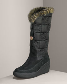 Juicy Couture Nylon & Faux Fur Snow Boot -  Shoes -  Bergdorf Goodman :  nylon juicy couture nylon and faux fur snow boot juicy couture shoes