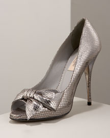 Valentino            Bow Pump -   		Shoes - 	Bergdorf Goodman :  valentino