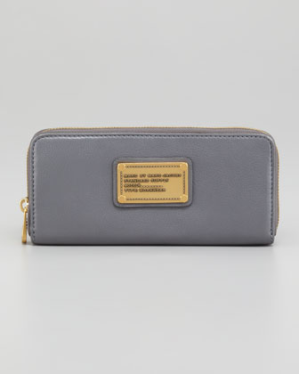 Classic Q Slim Continental Wallet, Gray