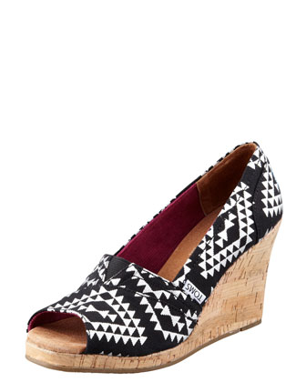 Reina Tribal Wedge
